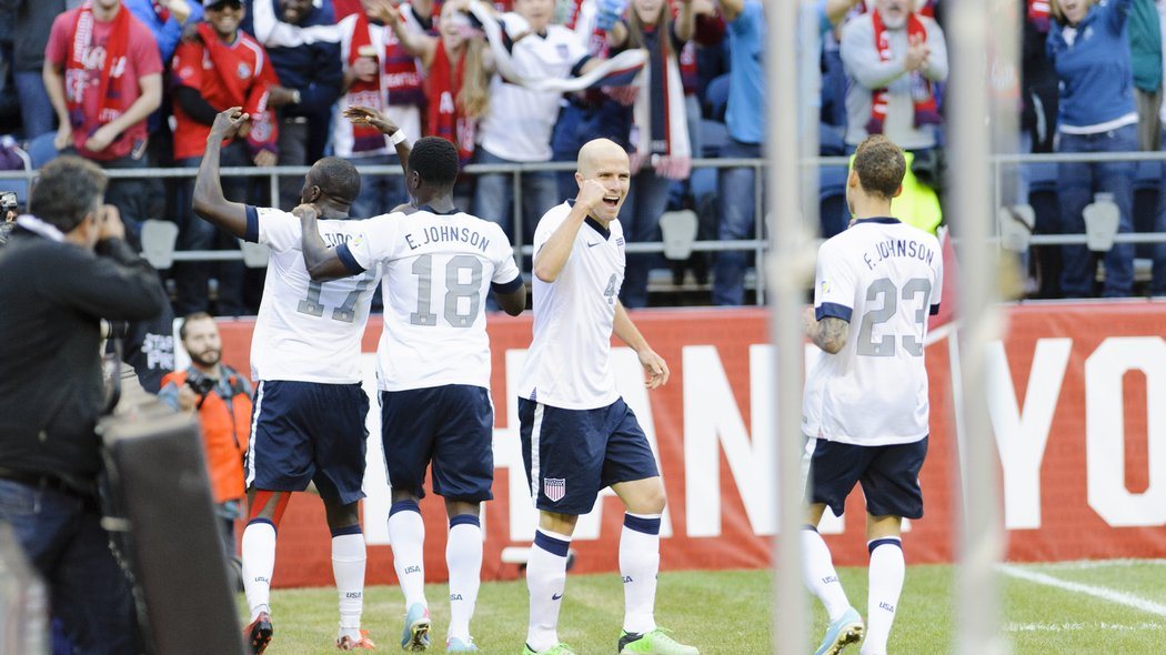 US Men's Soccer Team Leads World Cup Qualifying Group